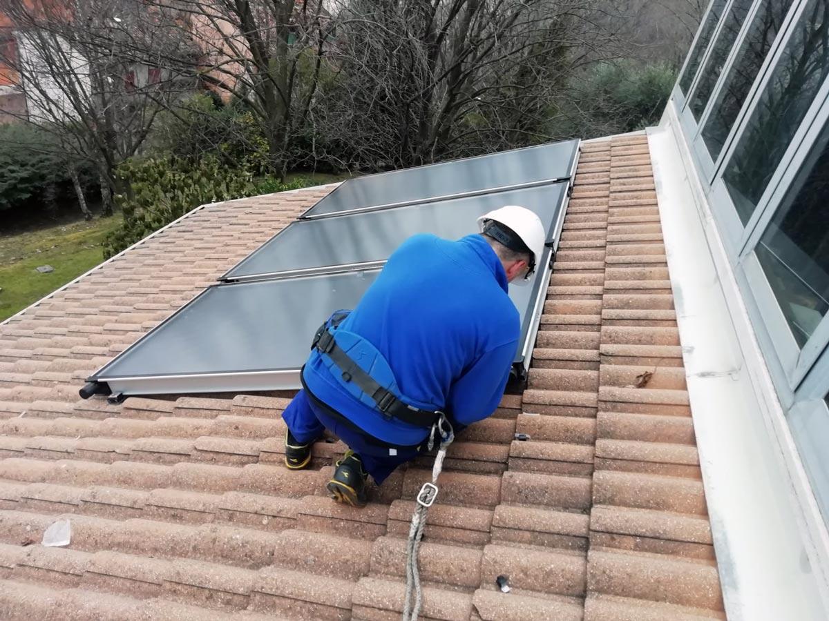 installazione di impianti solari termici